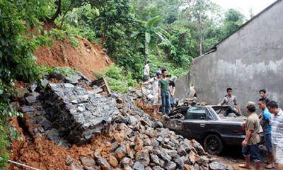 Hà Giang: Mưa lớn, gây sạt lở đất làm 2 người chết