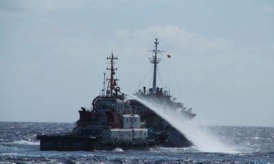 Tình hình Biển Đông 14/6: Tàu quét mìn TQ mở bạt pháo dọa tàu VN