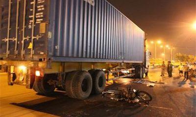 Hà Giang: Xe máy kẹp 4 tông xe tải, 4 người tử vong tại chỗ