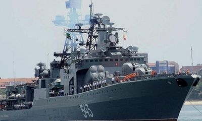 Cận cảnh tàu chiến Nguyên soái Shaposhnikov thăm cảng Cam Ranh