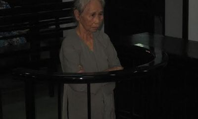 """Cụ bà 70 tuổi """"kiếm sống"""" bằng nghề buôn ma túy"""