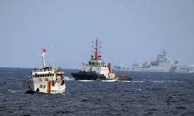 Tàu hải cảnh Trung Quốc đe dọa tàu cá Việt Nam