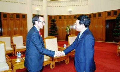 Phó Thủ tướng Phạm Bình Minh tiếp Đại diện Tổng thống Mỹ