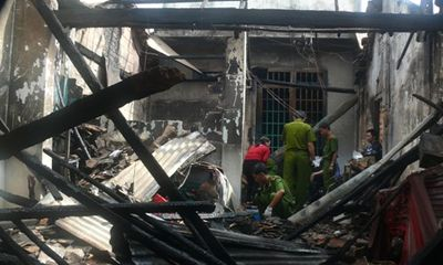 Cháy tiệm tạp hóa trong đêm, thiệt hại hàng trăm triệu đồng
