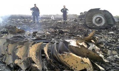 Vụ MH17: Giúp thân nhân lo hậu sự 3 mẹ con người Việt