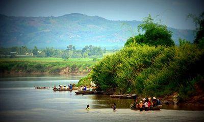 Cuộc sống tuyệt đẹp trên dòng sông Đăk Bla