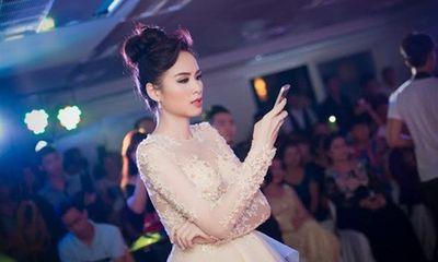 Nghi án Hoa hậu Diễm Hương mang bầu với hot boy