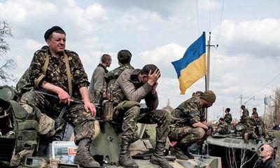 Lính Ukraina đào ngũ hàng loạt, vứt lại cả xe tăng?