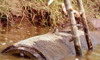 Phát hiện quả bom nặng khoảng 1 tấn dưới sông