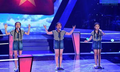 Giọng hát Việt nhí vòng đối đầu:Mashup về quê hương tạo ấn tượng