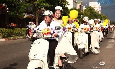 Quỳnh Anh Shyn, Bê Trần tham gia diễu hành rước dâu quanh TP Vinh