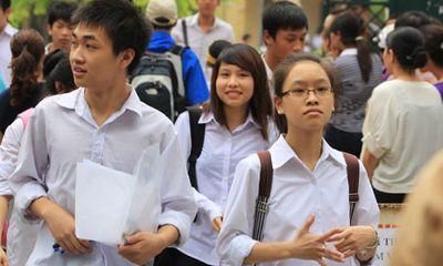 Kỷ luật 20 trường tuyển quá chỉ tiêu: Học sinh gánh chịu hậu quả