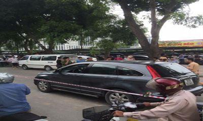 Thuê người đâm chết tài xế ô tô: Bắt Phó ban Tổ chức Quận ủy