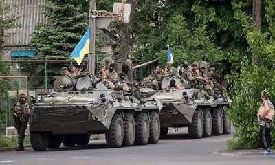 Quân đội Ukraina bao vây Donetsk, đề xuất ngừng bắn đổ vỡ