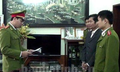 Bắt tạm giam nguyên phó chủ tịch huyện Nghi Xuân