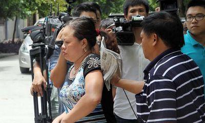 Mẹ cầu thủ Trần Mạnh Dũng quyết kháng cáo cho con trai