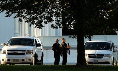 Cựu lính bắn tỉa vượt rào Nhà Trắng có 800 viên đạn trong xe