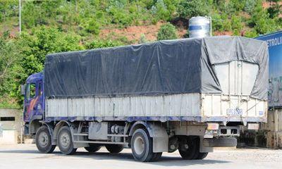 Tài xế đâm hỏng xe Thanh tra giao thông Nghệ An ra đầu thú
