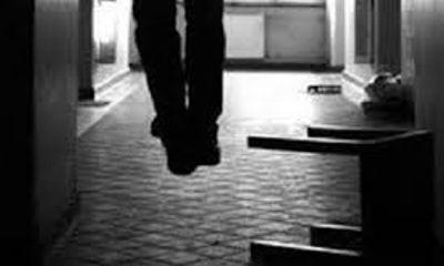 Đối tượng dùng súng bắn người treo cổ tự tử trong buồng giam