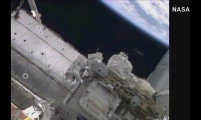 Phát hiện UFO trên Trạm vũ trụ quốc tế ISS ?
