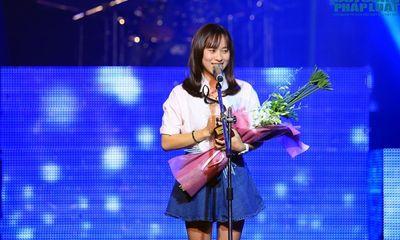 Bài hát Việt tháng 10: Ngày khát của Huyền Sambi