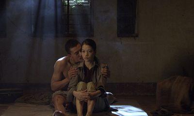"""Bí mật phía sau những cảnh nóng trong phim """"Hương Ga"""""""