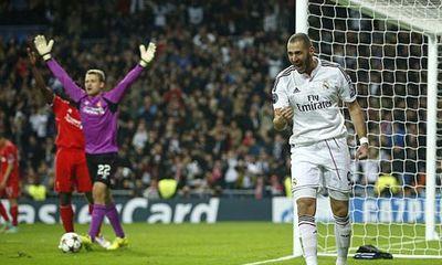Clip: Benzema tỏa sáng, Real đánh bại Liverpool