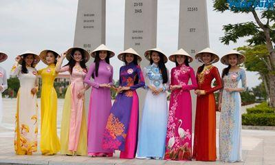 Thí sinh Hoa hậu Việt Nam nền nã trong tà áo dài truyền thống