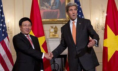 Mỹ chính thức sửa đổi quy định xuất khẩu vũ khí cho Việt Nam