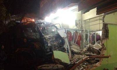 """Thái Nguyên: """"Xe điên"""" gây tai nạn liên hoàn, 1 người chết"""