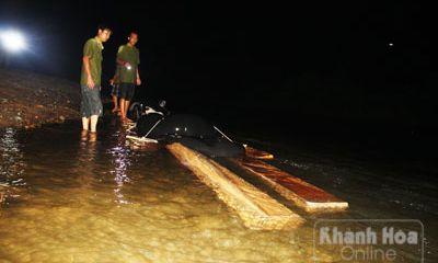 Hành trình trắng đêm bắt gỗ lậu tại Khánh Hòa