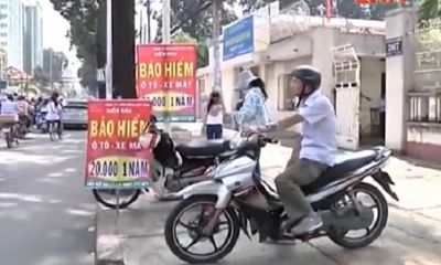 Clip: Người dân mua bảo hiểm xe máy chỉ để đối phó