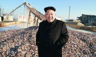 Ông Kim Jong-un cùng em gái thị sát nhà máy thuỷ sản quân đội