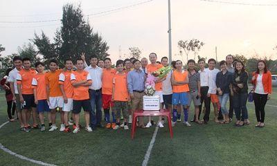 Phóng viên báo chí giao lưu bóng đá, gây quỹ từ thiện