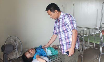 Người nặng lòng với những mảnh đời khuyết tật