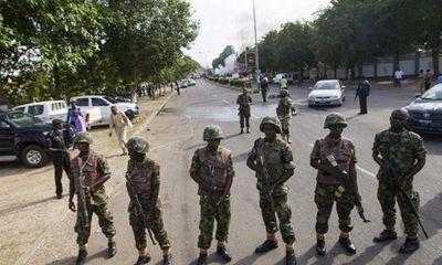 Cướp ngục ở Nigeria, 200 tù nhân trốn thoát trong đêm