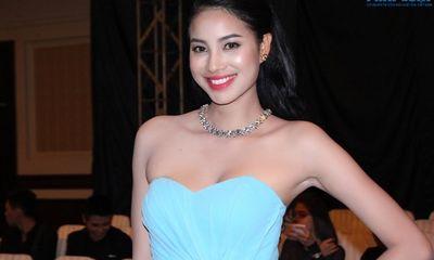 Phạm Hương tái xuất sau khi dừng Top 10 Hoa hậu Việt Nam 2014