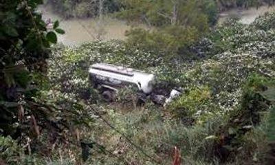 Quảng Nam: Xe quân sự rơi xuống vực sâu, 9 quân nhân thương vong