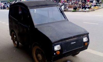 Video: Nội thất ô tô siêu dị cha tự chế cho con đi học ở Nghệ An
