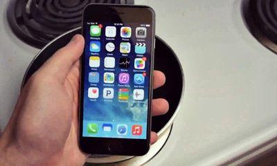 Video: Màn 'tra tấn' iPhone 6 với Coca-Cola sôi 100 độ C