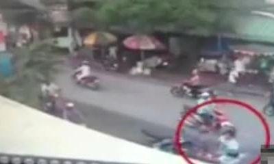 Thiếu nữ đánh bại tên cướp dây chuyền vàng bằng mũ bảo hiểm