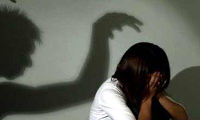 Bắt hung thủ quay lại cảnh nóng khi quan hệ với trẻ 12 tuổi