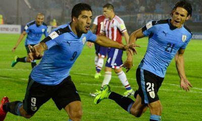 Suarez đánh gót kiến tạo như có mắt sau lưng, Cavani ghi bàn hủy diệt Venezue