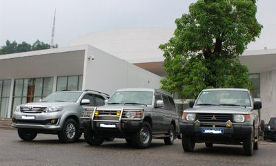 Thừa 55 ô tô cũ nhưng Bộ Công thương muốn mua thêm 19 xe