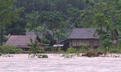 Dự báo thời tiết hôm nay 16/10: Trung Bộ vẫn mưa lớn, đề phòng lũ quét