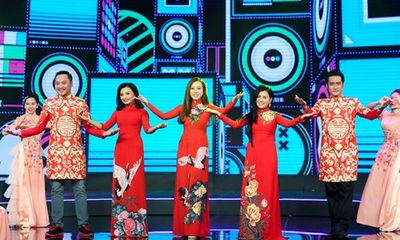 Băng Di đọ giọng khủng với Lê Như, Thu Mỹ tại Gala Làng Hài Mở Hội