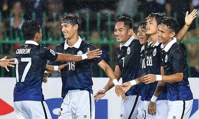 Lập siêu phẩm đá phạt góc, Campuchia tiến sát AFF Cup 2016