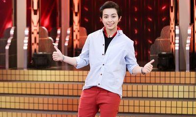 """Gil Lê """"song tấu hợp bích"""" với nghệ sĩ Chí Tài, """"phá đảo"""" sân khấu"""