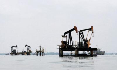Giá dầu hôm nay 27/10: Vẫn dưới ngưỡng 50 USD/thùng