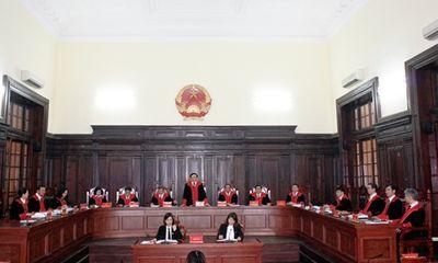 Thí điểm áp dụng trang phục xét xử của Thẩm phán từ hôm nay